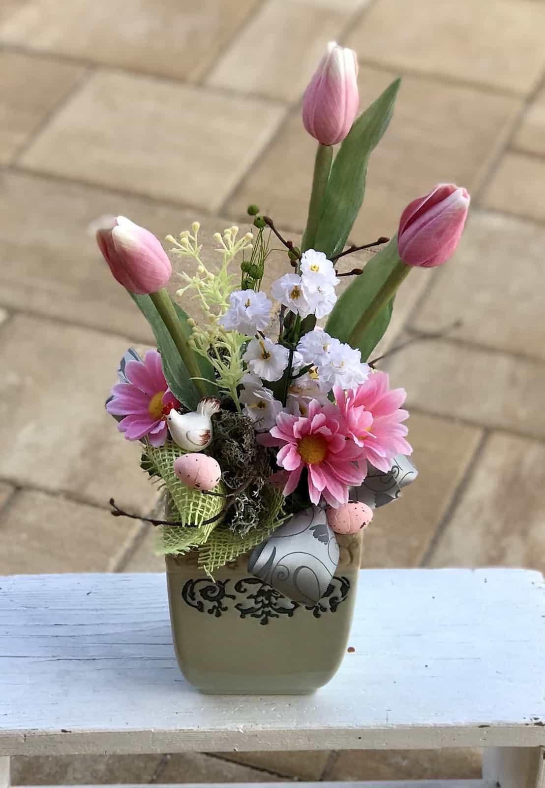 Jarní květináč vyšší