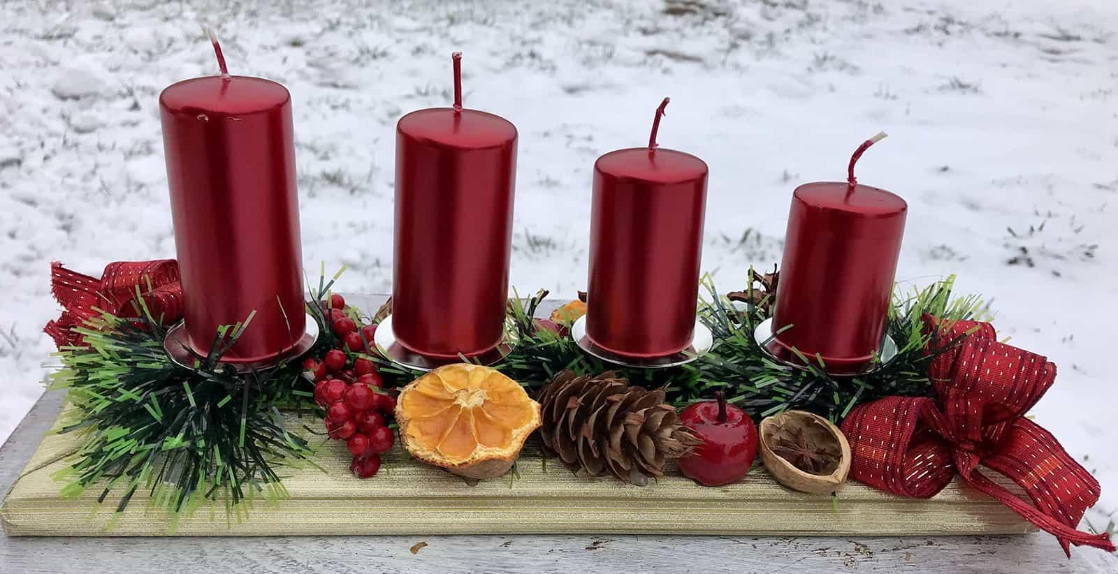 Adventní svícen červenozlatý